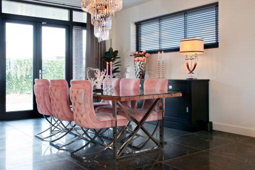 Kensington eettafel met scarlet stoelen